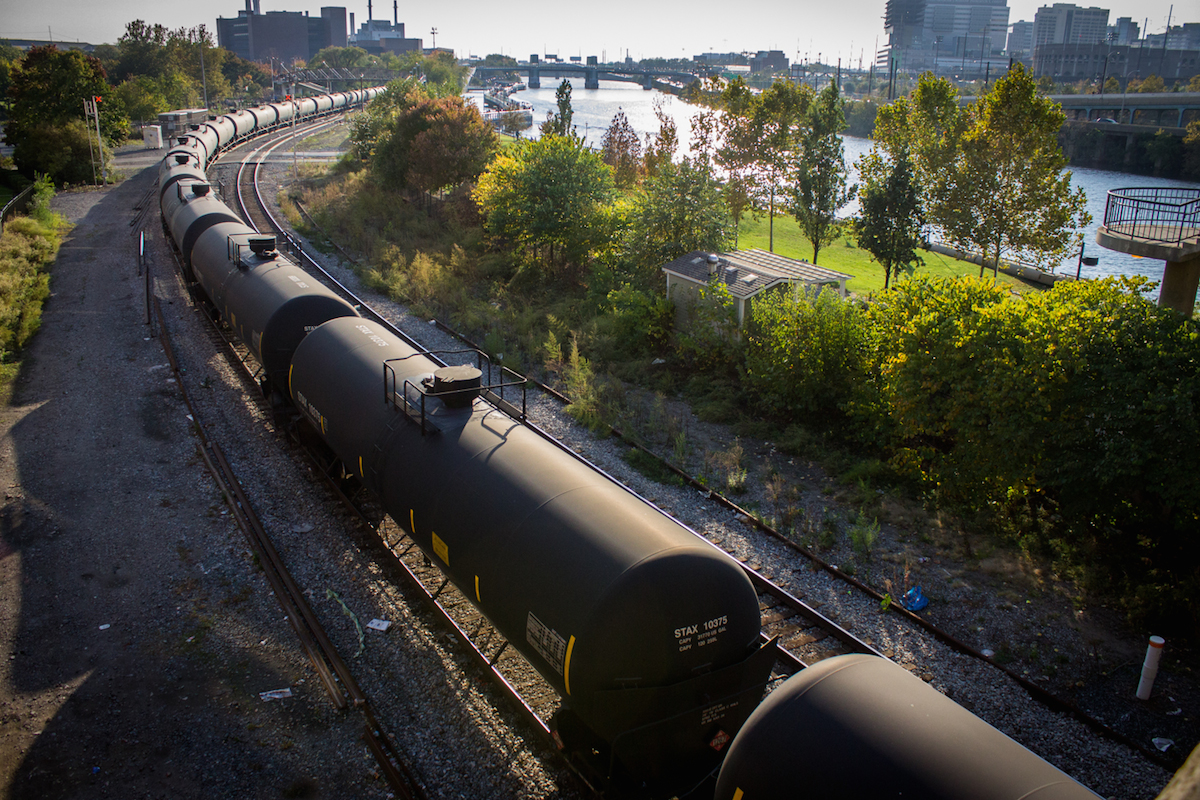 A Disaster Waiting To Happen? Oil Trains And The Collision at Fairmount Park Tunnel