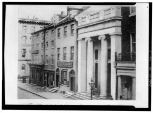 Philadelphia Saving Fund Society at 306 Walnut Street featuring the original roof Balustrade, 1860 | Source: Library of Congress