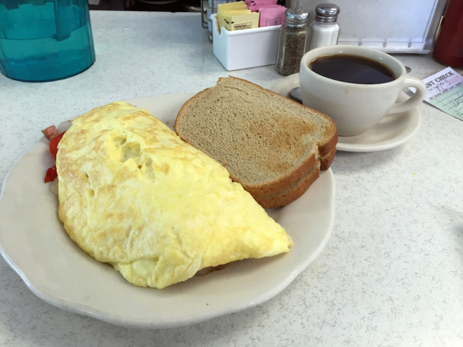 Clearly, someone at Bob's Diner paid very careful attention in omelette making class. There isn't a true diner anywhere in this region that makes them as good as Bob's. | Photo: Randy Garbin