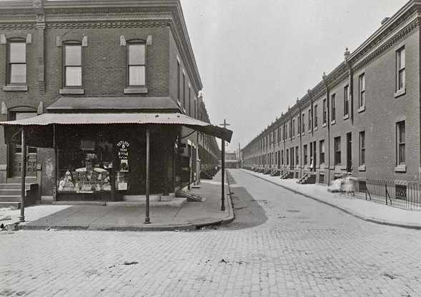 Perspective of the quintessential Philadelphia housing unit at 24th and Kimball Streets, May 11, 1916. | Photo: Department of Records, City of Philadelphia
