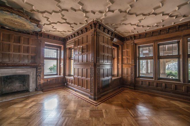 Inside the empty gilded halls of elkins estate hidden for Old home interior pictures for sale