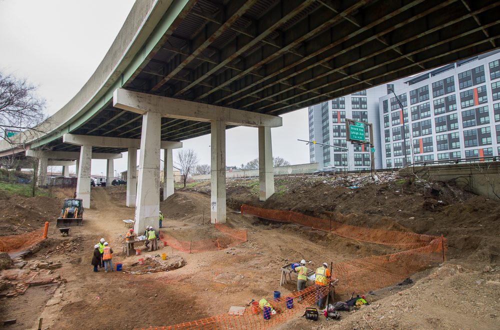 Archeologists Dish Up Dirt On Philly History Under I-95