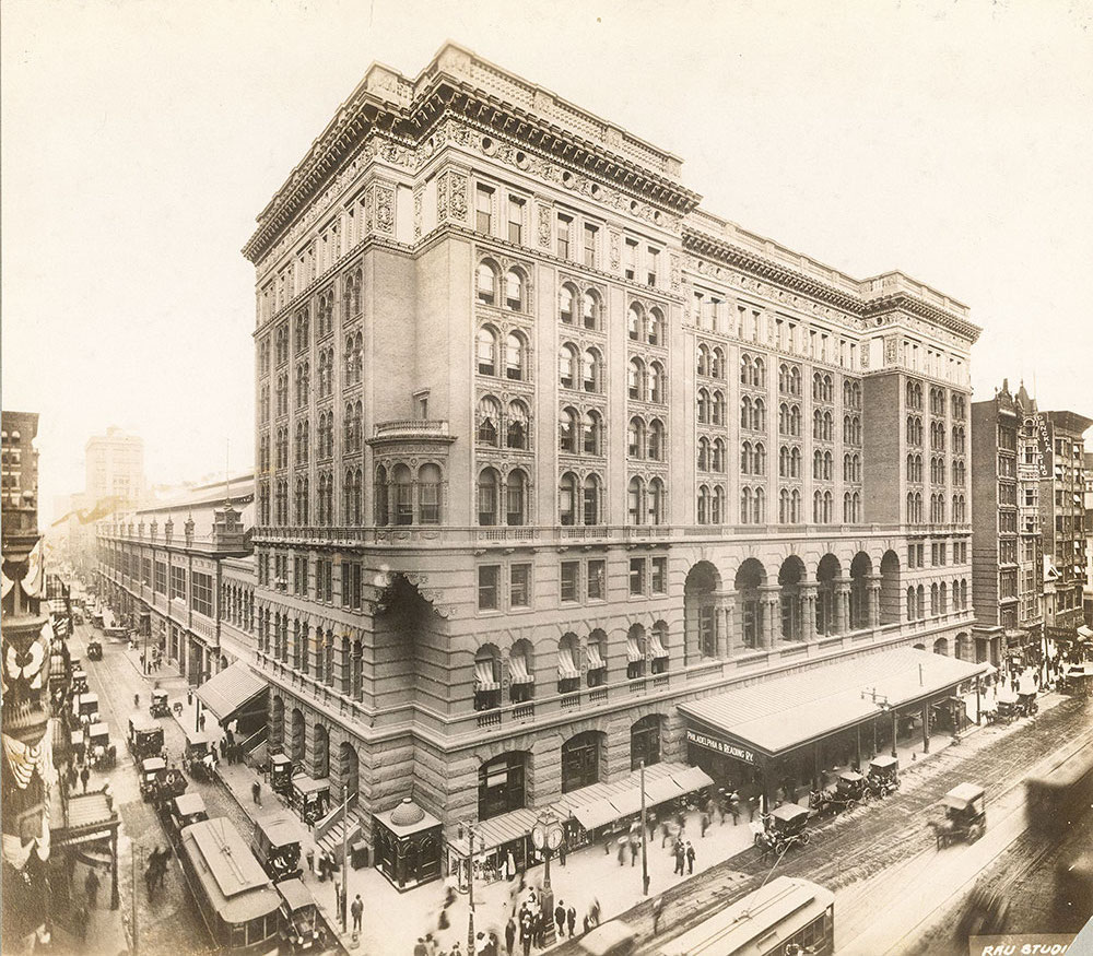 Photograph Of Reading Terminal In 1912.