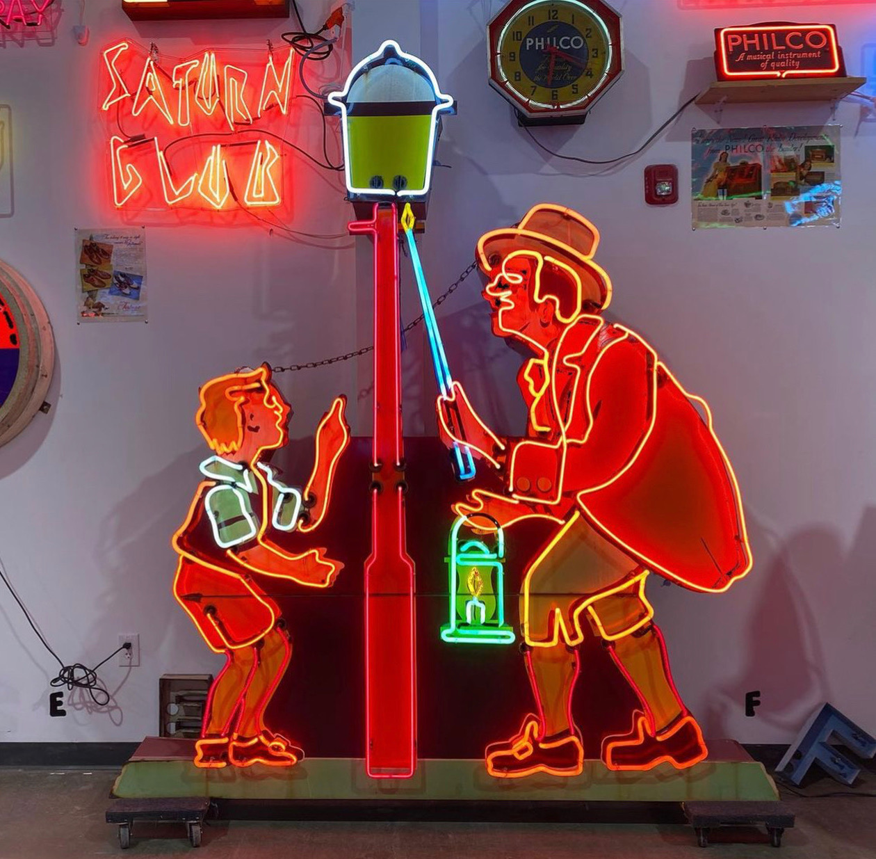 Let There be Light! New Neon Museum Illuminates Philly's Colorful Commercial History